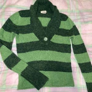 ‼️3 for 15 Sale‼️Green striped sweater